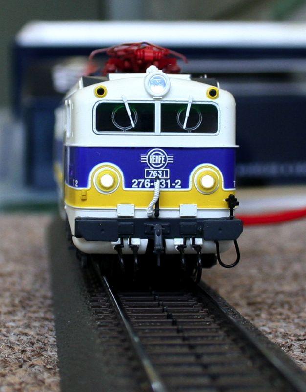 スペインの機関車:Renfe 276 電...